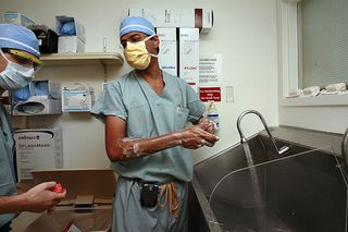 Gawande washing