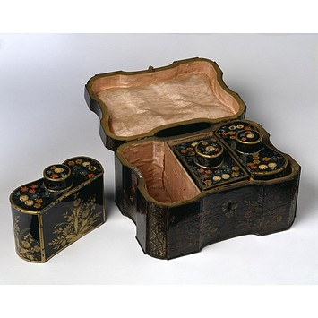 Tea chest late c18 v and a