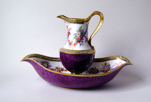 Basin and pit 1795 sevres met
