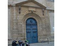 Blue door in Paris 2