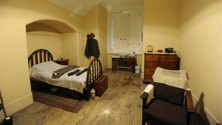 Servant's bedroom