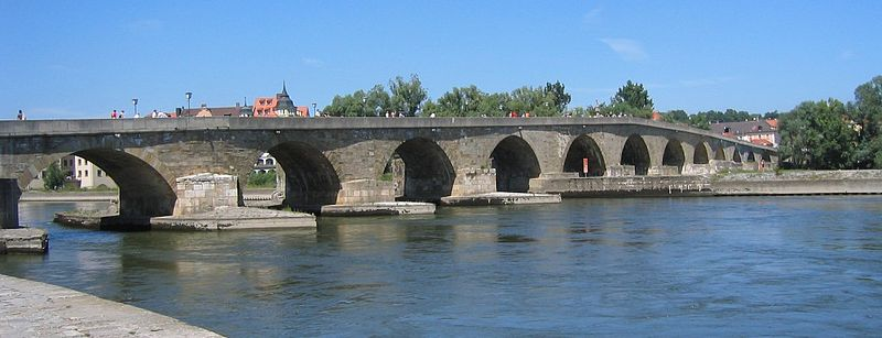 800px-Regensburg_-_Steinerne_Bruecke_ohne_Dom
