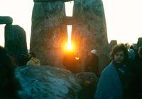 StonehengeSunrise1980s