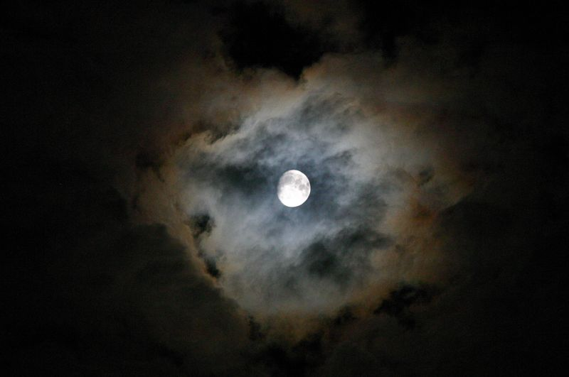 Wenches Lunar_Corona