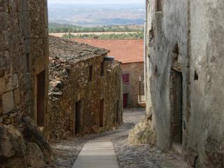 A Portuguese mountain town