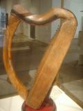 Celtic_harp_dsc05425