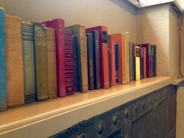 Bookshelp one