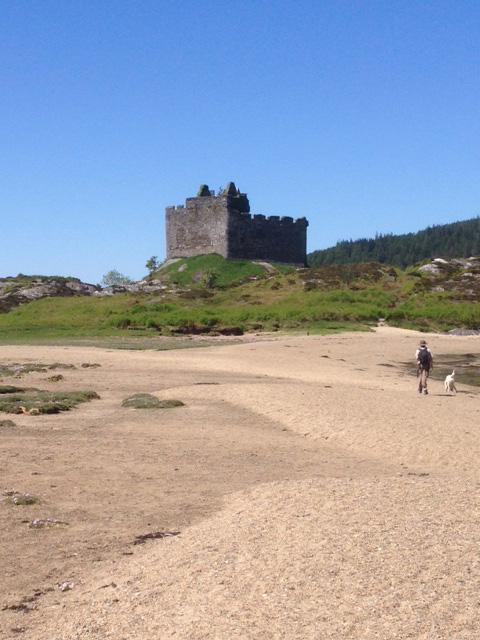 Castle Tioram 3
