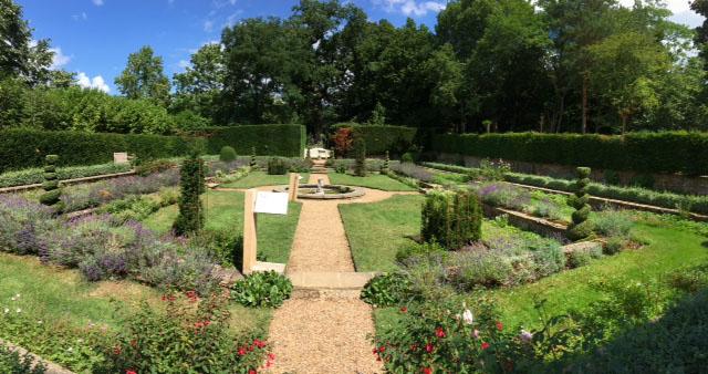 Clandon Dutch garden
