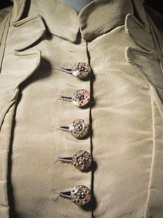 ButtonsWoman's_Dress_LACMA_38.19.1a-b_(2_of_4)