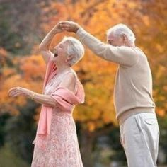 Old CoupleDancing
