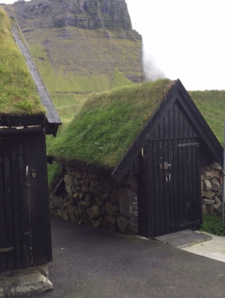Faroes turf roof houses