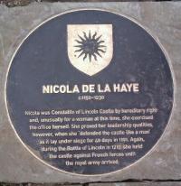 Nicola de la haye
