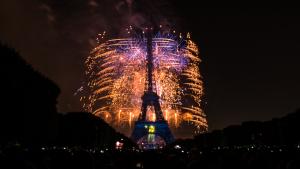 EiffelTowerFireworks.Pierre.Caradoc.WikipediaCommons