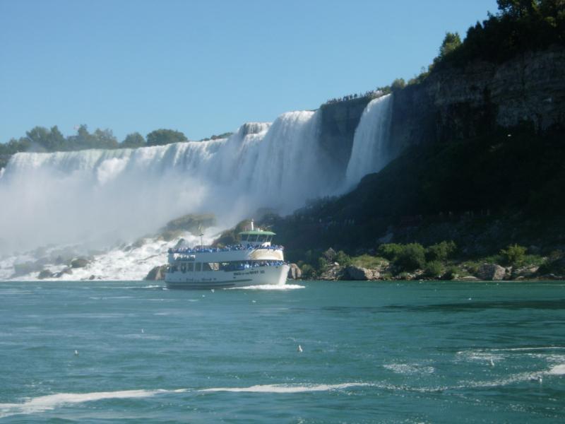 NiagaraFallwBoat
