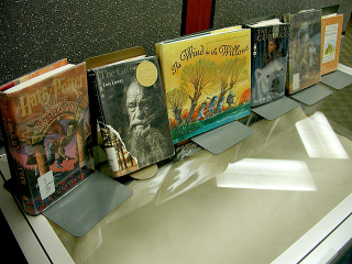 By carmichaellibrary Banned Books Display Uploaded by AlbertHerring  CC BY 2.0