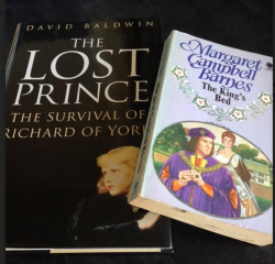 Wench kings bed and lost prince