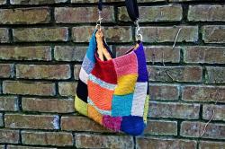 Wench 1 handbag-2876260_640
