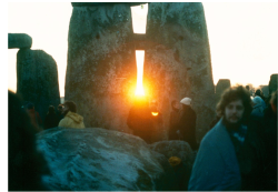 Ww stonehenge sunrise day of winter solstice
