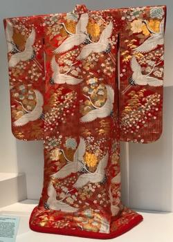 Red uchikake