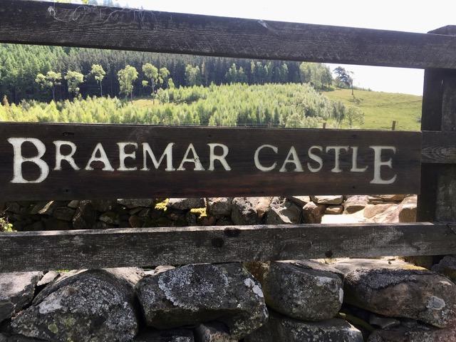 Braemar castle sign