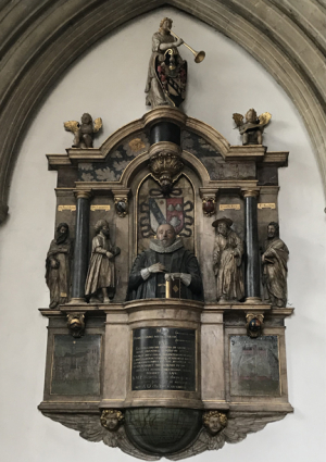 Merton chapel statues