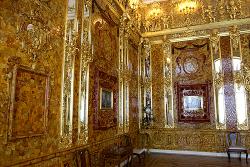 Amber room - wikimedia commons Kremlin.ru