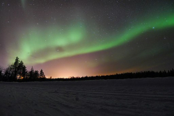 Northern_Lights Timo Newton-Syms Wikimedia Commons